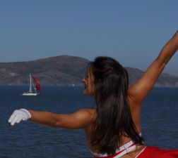 cheerleader_boat_252.jpg